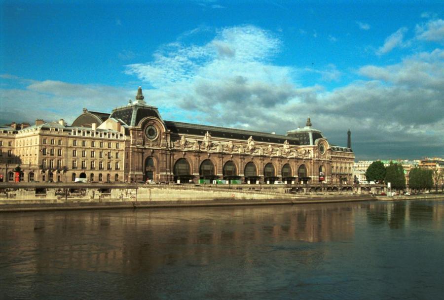オルセー美術館 http://europeantrips.org/から画像引用